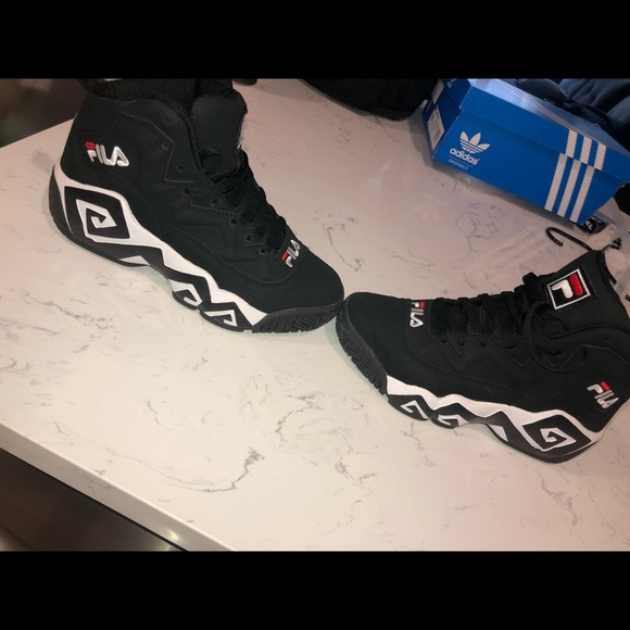 fila mb sneakers